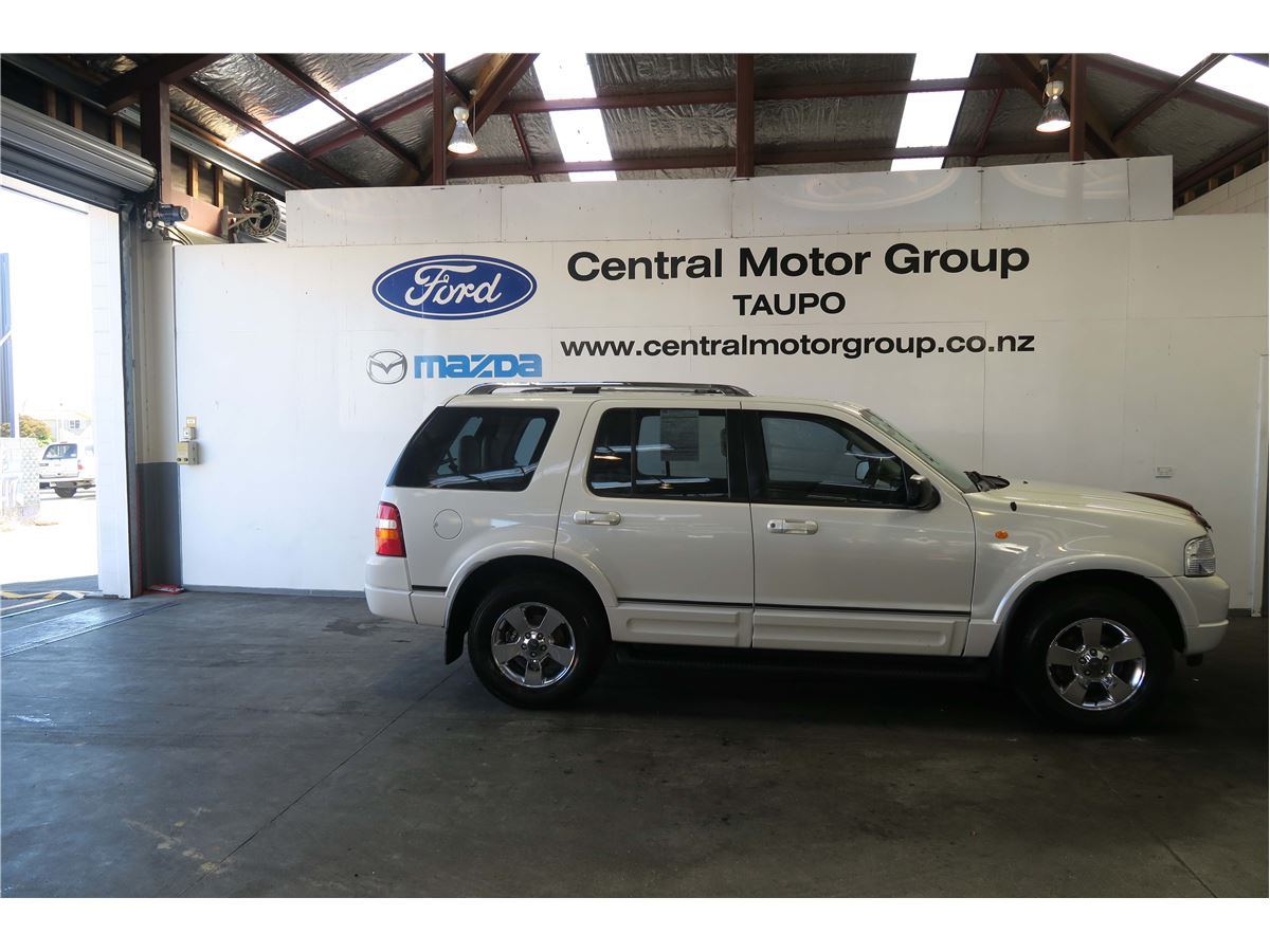 Ford explorer 2003 used fords for sale in new zealand for Ford motor company dealerships