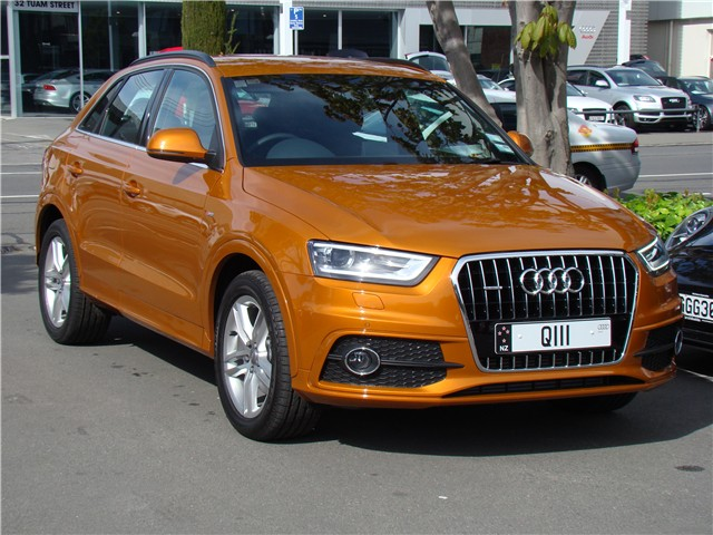 audi q3 s line 2013 audi silver circle used car. Black Bedroom Furniture Sets. Home Design Ideas
