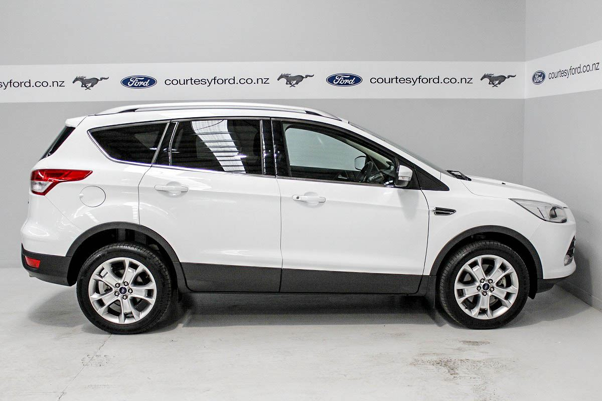 ford kuga 2014 used fords for sale in new zealand second hand ford cars from authorised ford. Black Bedroom Furniture Sets. Home Design Ideas