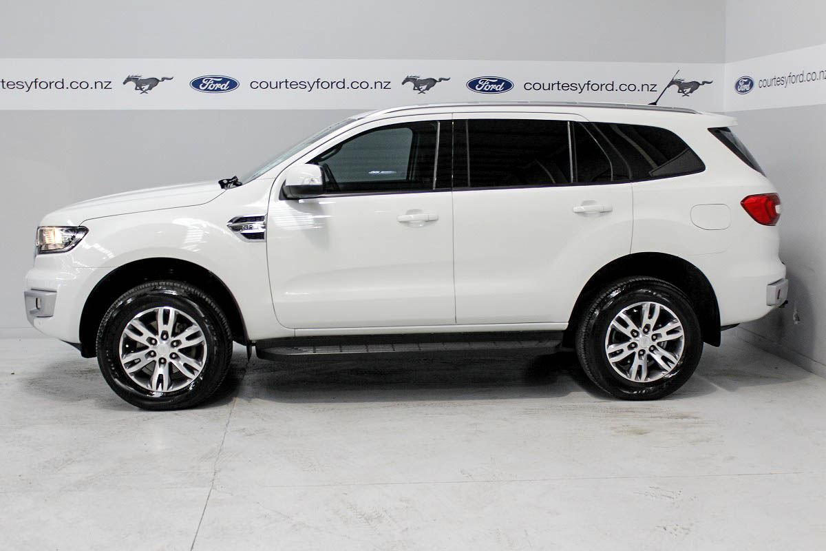 Ford Everest 2015 Used Fords For Sale In New Zealand Second Hand Ford Cars From Authorised
