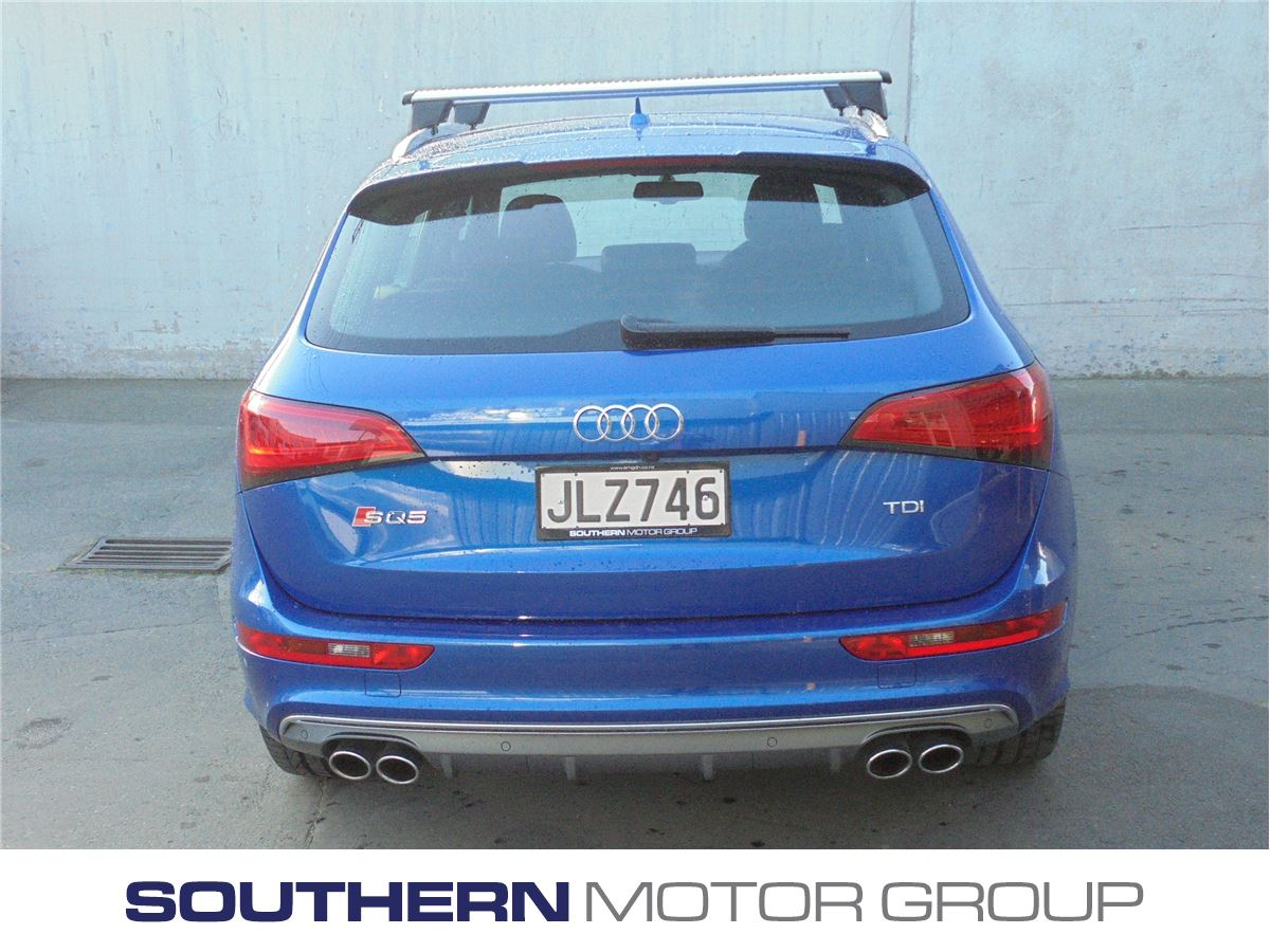 Audi sq5 3 0 bitdi 230kw quattro tiptronic 2015 southern for Southern motors used cars